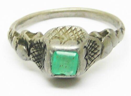 16th century Tudor / Renaissance silver emerald finger ring
