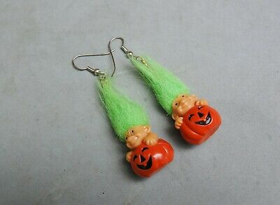"Russ Troll Halloween Jack-O-Lantern Earring Green Hair Dangle 2"" Plastic Pumpkin"