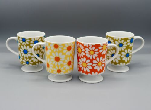 Set of 4 1960s 19070s Flower Power Daisies Pedestal Footed Cups Mugs MINT