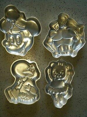 LOT 4 WILTON Birthday CAKE PANS- Mickey Mouse- Superman- Big Bird- Dancing Bear](Birthday Cake Pans)