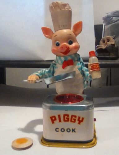 1940s Original Vintage Piggy Cook with Original Box Fully Working as Intended