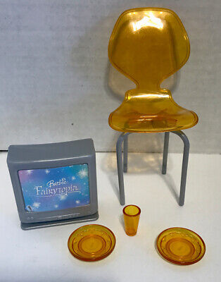 Barbie Totally Real House Dollhouse Orange Dining Chair 2 Plates Cup And TV