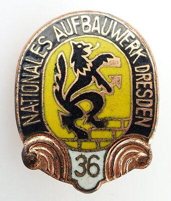 #e2425 Nationales Aufbauwerk Dresden 36 Aufbaunadel 1958/1960 DDR Abzeichen