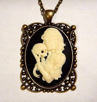 Zigeuner Mädchen Kamee Anhänger Quadrat Porträt Tag der Toten Gotik Halskette B6