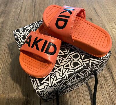 Akid Aston Neon Coral Small Girls Boys 5c-7c Slides