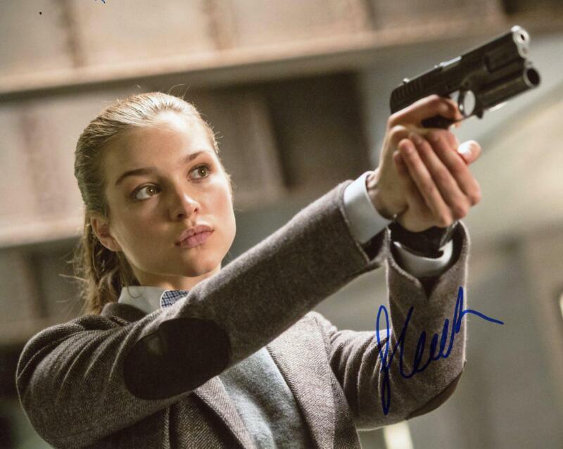 """Sophie Cookson """"Kingsman"""" AUTOGRAPH Signed 8x10 Photo"""