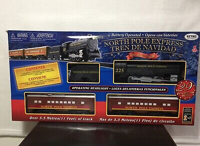 EZTEC NORTH POLE EXPRESS CHRISTMAS Train Set Battery Operated Classic. Toy NEW