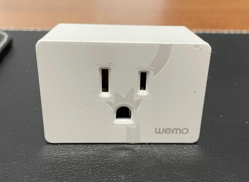 Open Box Wemo WiFi Smart Plug - White