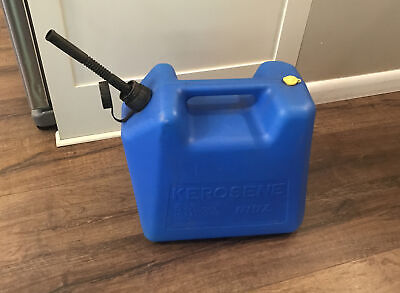 Vintage Blitz 5 Gallon Kerosene Diesel Vented Can Model 11870 Free Shipping.
