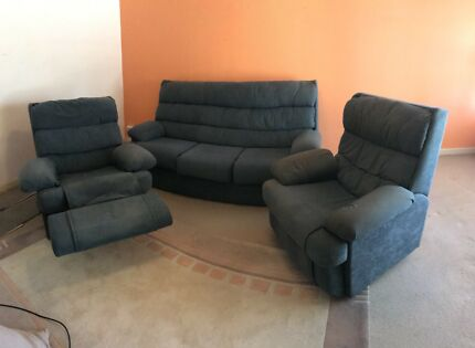 2 recliner an 3 seater sofa