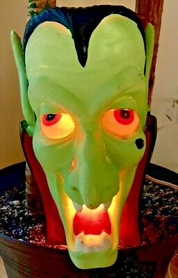 Vintage Trendmasters 1993 Dracula Blowmold Light