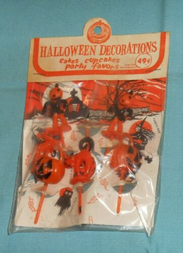 vintage HALLOWEEN CAKE CUPCAKE TOPPERS decorations party favors picks package