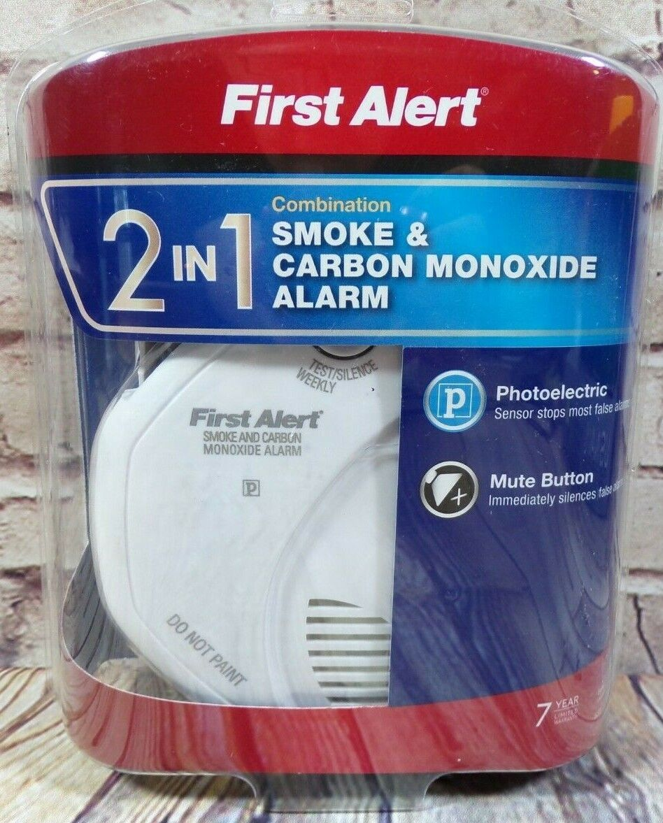 First Alert SCO5CN Battery Operated Smoke and Carbon Monoxid