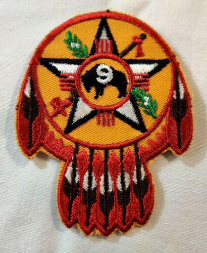 Vtg Region 9 Nine Buffalo Feathers Twill T Camp Boy Scouts of America BSA Patch