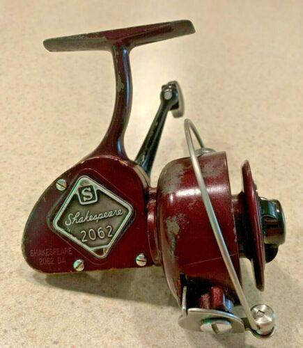 Vintage Shakespeare 2062DA Spinning Fishing Reel-Made in USA