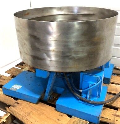 24 Syntron Eb-252-a Vibratory Bowl Parts Feeding Feeder Fmc Moorfeed 230v