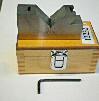 1-316 W X 1-78 H X 4 L Adjustable Precision Angle Block New Pic12232