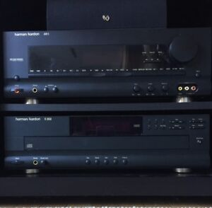 Stereo receiver and 5 disc player Harmon Kardon, Bose speakers