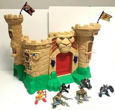 FISHER PRICE 1998 Mattel Magic Castle Lion Playset w/ 6 Figures Working