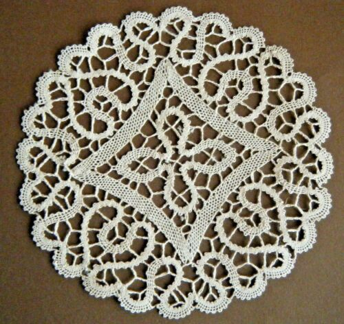 Old Antique Doily Ialian Tape bobbin lace hearts   design hand made