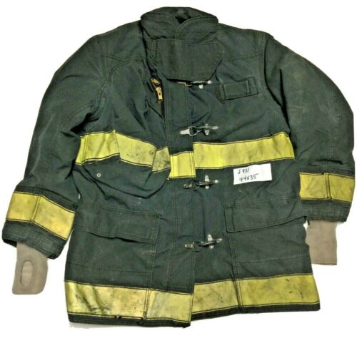 44x35 35L Globe Firefighter Black Turnout Jacket Coat with Yellow Tape J931