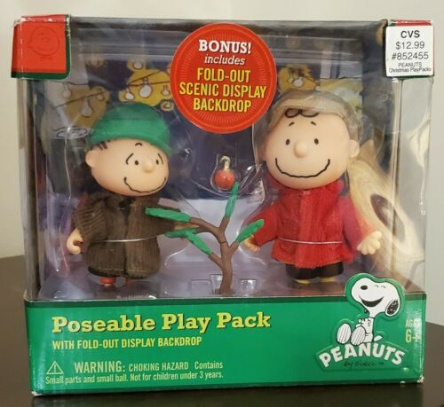 PEANUTS Poseable Play Pack Charlie Brown and Linus Christmas w/Display Backdrop