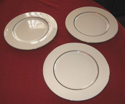 Castleton China Severn Dinner plates  lot of 3 Beautiful USA. 10 3/4  FREE SHIP!