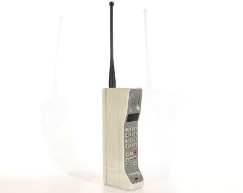 MOTOROLA DYNATAC 8000S MOBILE PHONE BRICK CELL VINTAGE RETRO RARE MOVIE CLASSIC