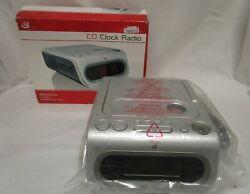 GPX Dual Alarm Clock AM/FM Radio with CD Player CC208S
