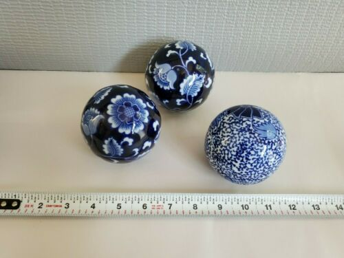 Set Of 3 Blue and White Chinese Porcelain  Decorative Balls 3.25