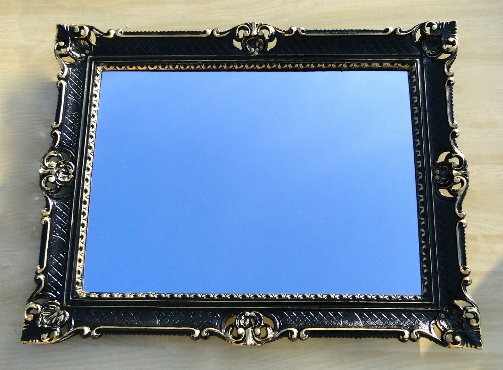 wandspiegel barock gro er spiegel schwarz gold hochglanz 90x70 bilderrahmen for sale eur. Black Bedroom Furniture Sets. Home Design Ideas
