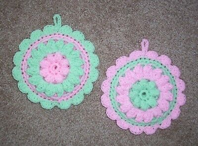 PAIR OF PUFF-STITCH ROUND POTHOLDERS, Crochet, MINT & PASTEL PINK, New, HANDMADE
