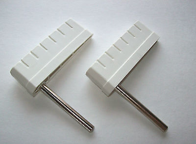 """Set Of 2 Bally Pinball Game Ribbed Flipper Bats 3"""" White With Shaft Grooved Top"""