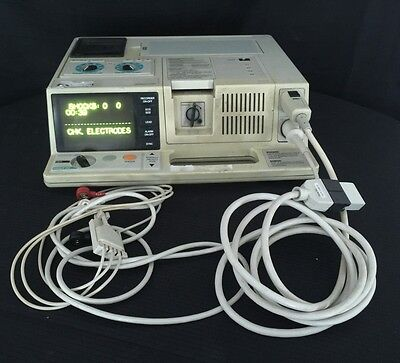 Zoll 1600 Patient Monitor With Battery Ecg Cables