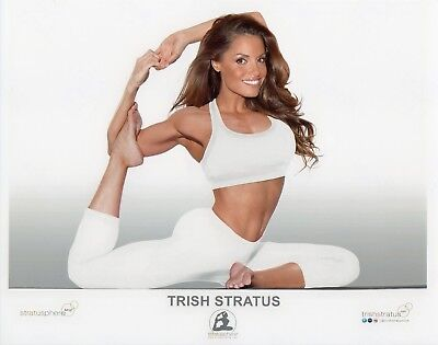 TRISH STRATUS WWE PHOTO 8x10 OFFICIAL PROMO PICTURE