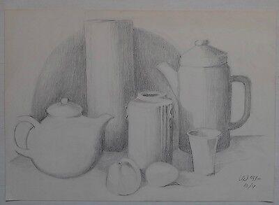 Zeichnung Bleistift  Stillleben mit Kanne Vase und Becher   monogr. und datiert