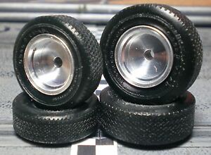 1-24-URETHANE-SLOT-CAR-TIRES-2-pair-fits-K-amp-B-Sports-Car-Special