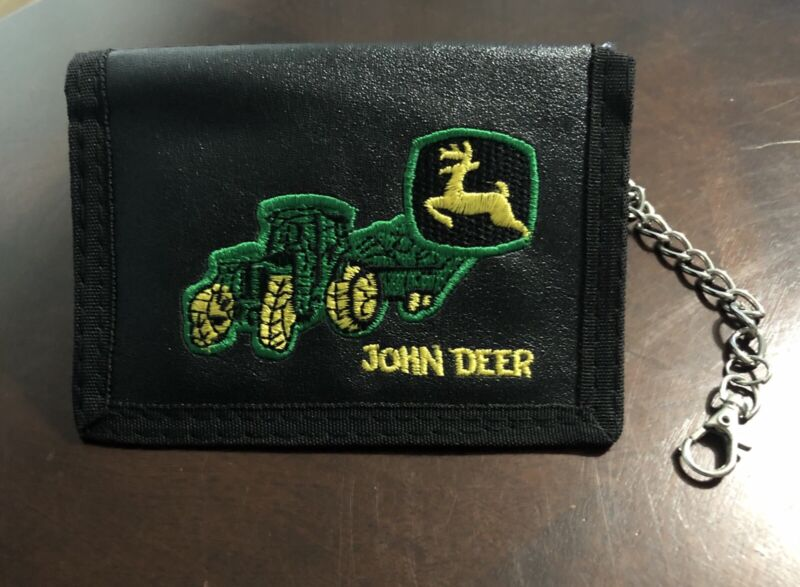 Brand New JOHN DEERE Collectible Wallet With Chain Tractor  Combine Farming