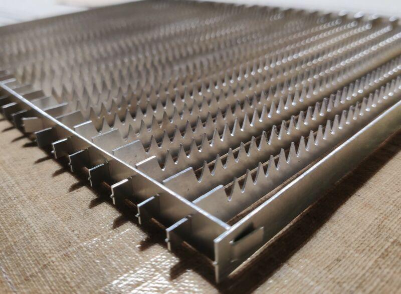 K40 or Similar Spike Blade Bed - Bed Replacement Laser Engraver