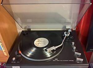 Vintage JVC JL-F45 - Direct-Drive Fully-Automatic Turntable Campbelltown Campbelltown Area Preview