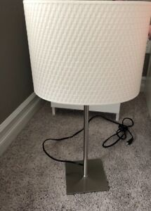 Pair of table lamps in excellent condition