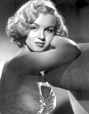 Marilyn Monroe 8X10 Glossy Photo Picture Image  47