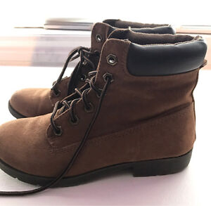 Women's American Eagle Boots