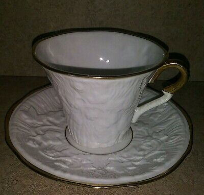 Royal Stafford England Old English Oak4oz Tea//Coffee Cup /& Saucer White Ivy Gold