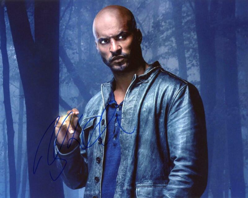 """Ricky Whittle """"American Gods"""" AUTOGRAPH Signed 8x10 Photo"""