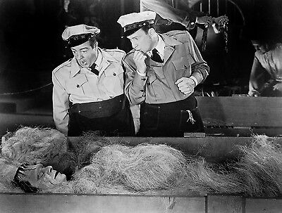 AWESOME CLASSIC ABBOTT AND COSTELLO MEET FRANKENSTEIN, IN COFFIN 1  8X10
