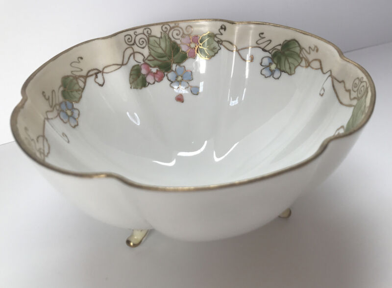 Vintage Porcelain Nippon Hand Painted 3-Footed Scalloped Bowl Soft Floral Deaign