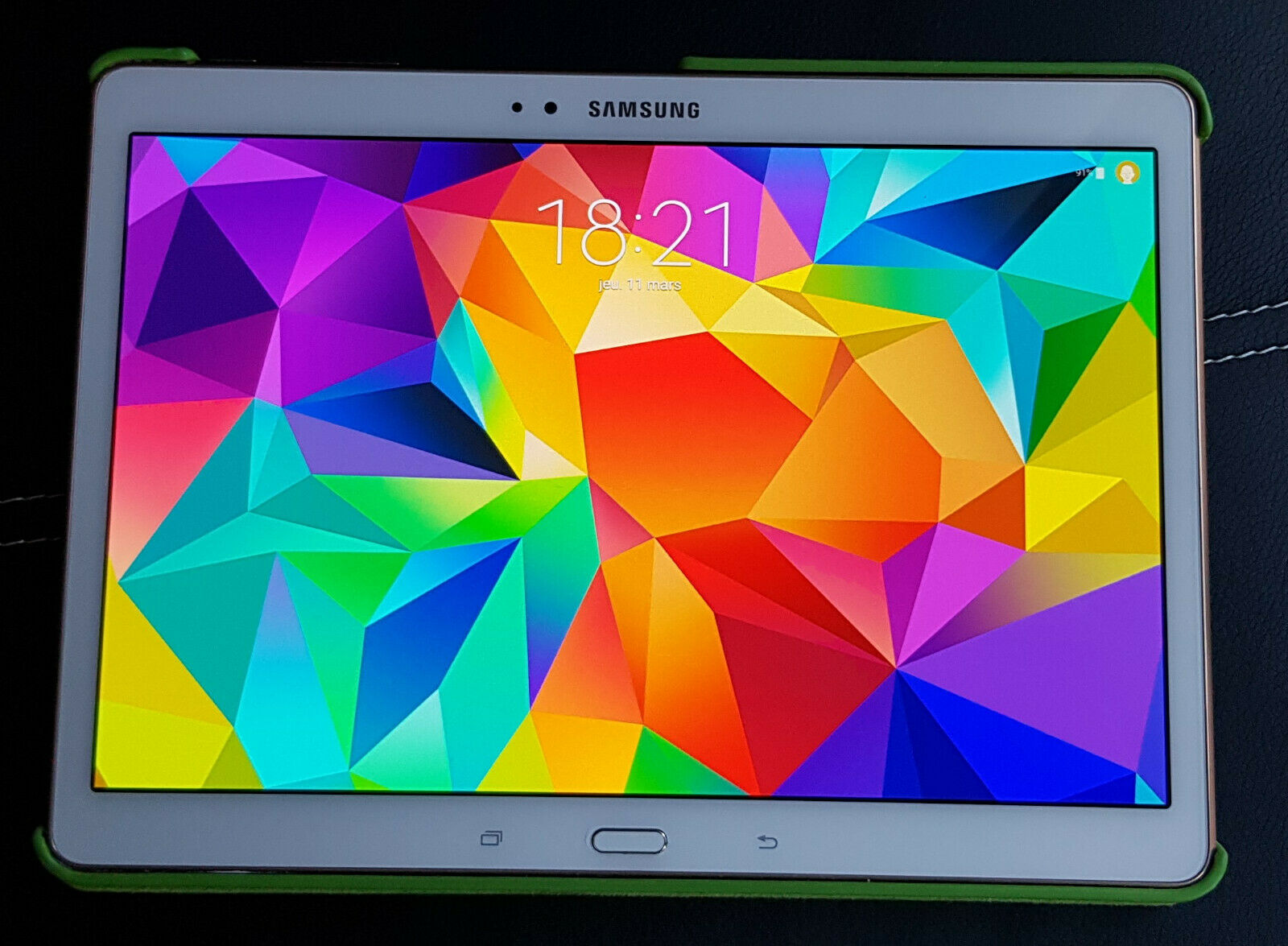 Tablette samsung tab s 10.5  ( sm-t800 )