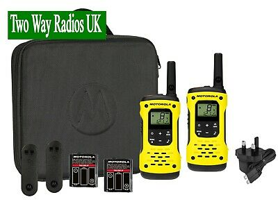 MOTOROLA WALKIE TALKIES TWO WAY RADIOS LICENCE FREE T92 H2O TWIN PACK - CASE