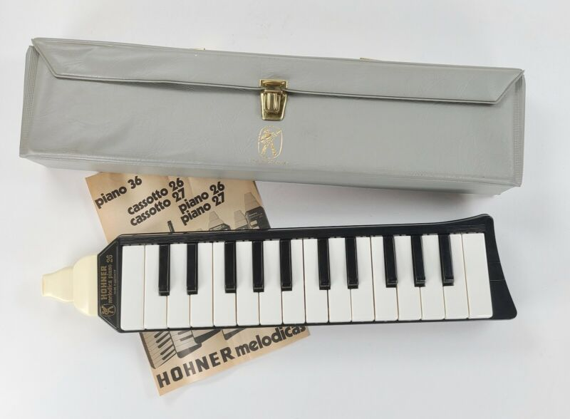 Vintage Hohner Melodica Piano 26 Instrument W/ Case Instructions